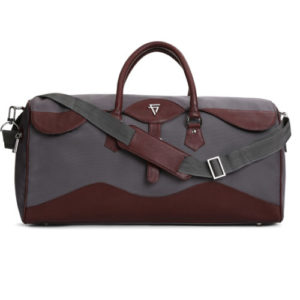 Alberto Duffle Bag With Sling: Fine Lines